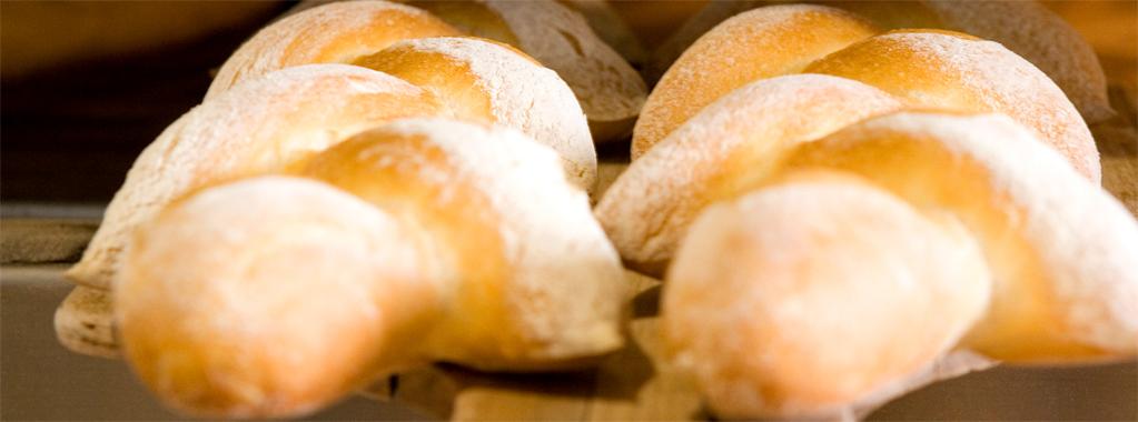 Ambachtelijk brood verkrijgbaar bij Smaeck!